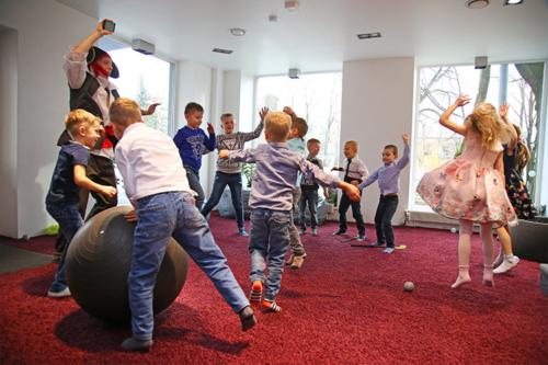 vada bērnu ballīti Rīgā